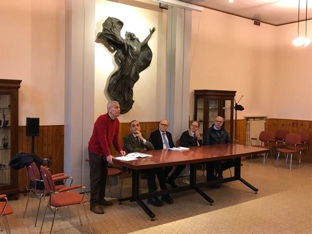 Conferenza con le autorità